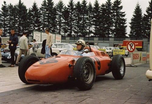 последнее фото де Бофора и его личной 718 перед аварией. Porsche F1 Germany GP 1964. Порше в Ф1
