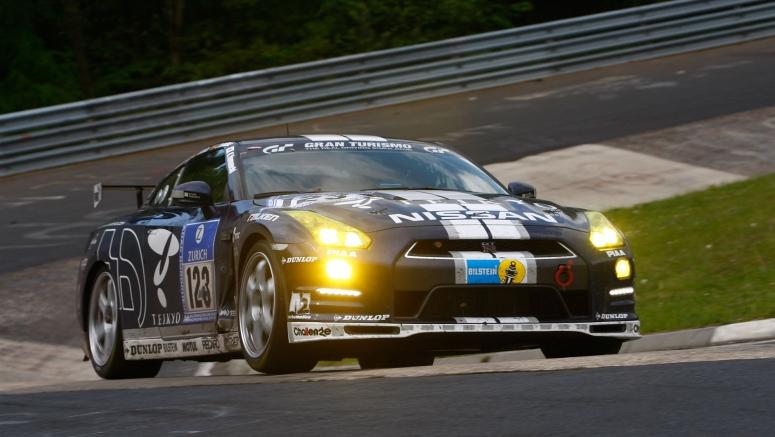 ADAC 24h Nürburgring Nordschleife, класс SP 8. Автомобиль: Team Nissan GT-R, Nissan GT-R (R35)