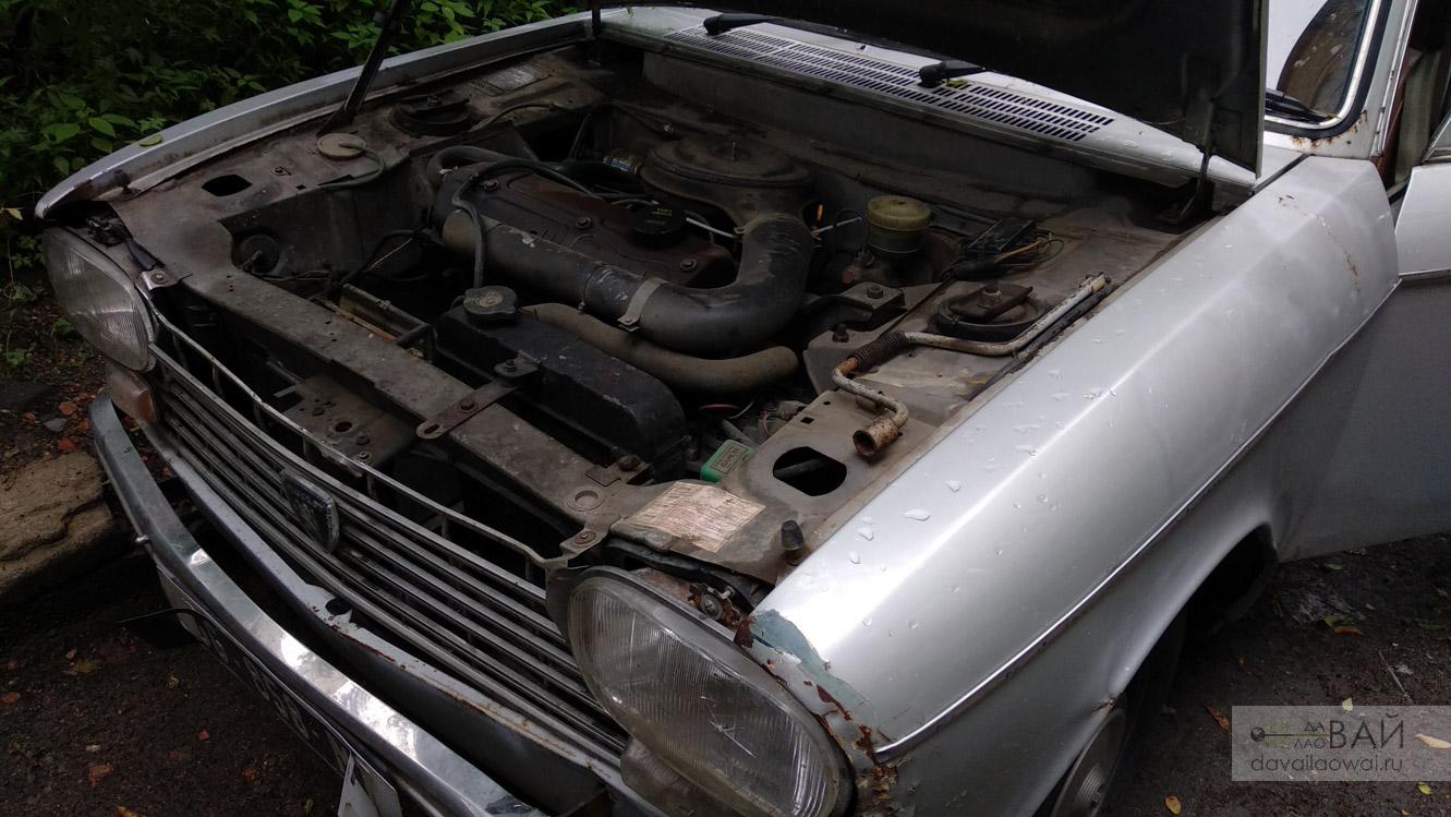 old peugeot 204 engine