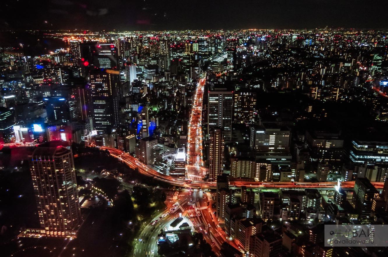 вид с токийской башни ночью