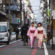 девушки в кимоно в киото нишики
