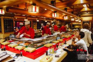 ресторан суши осака дотонбори