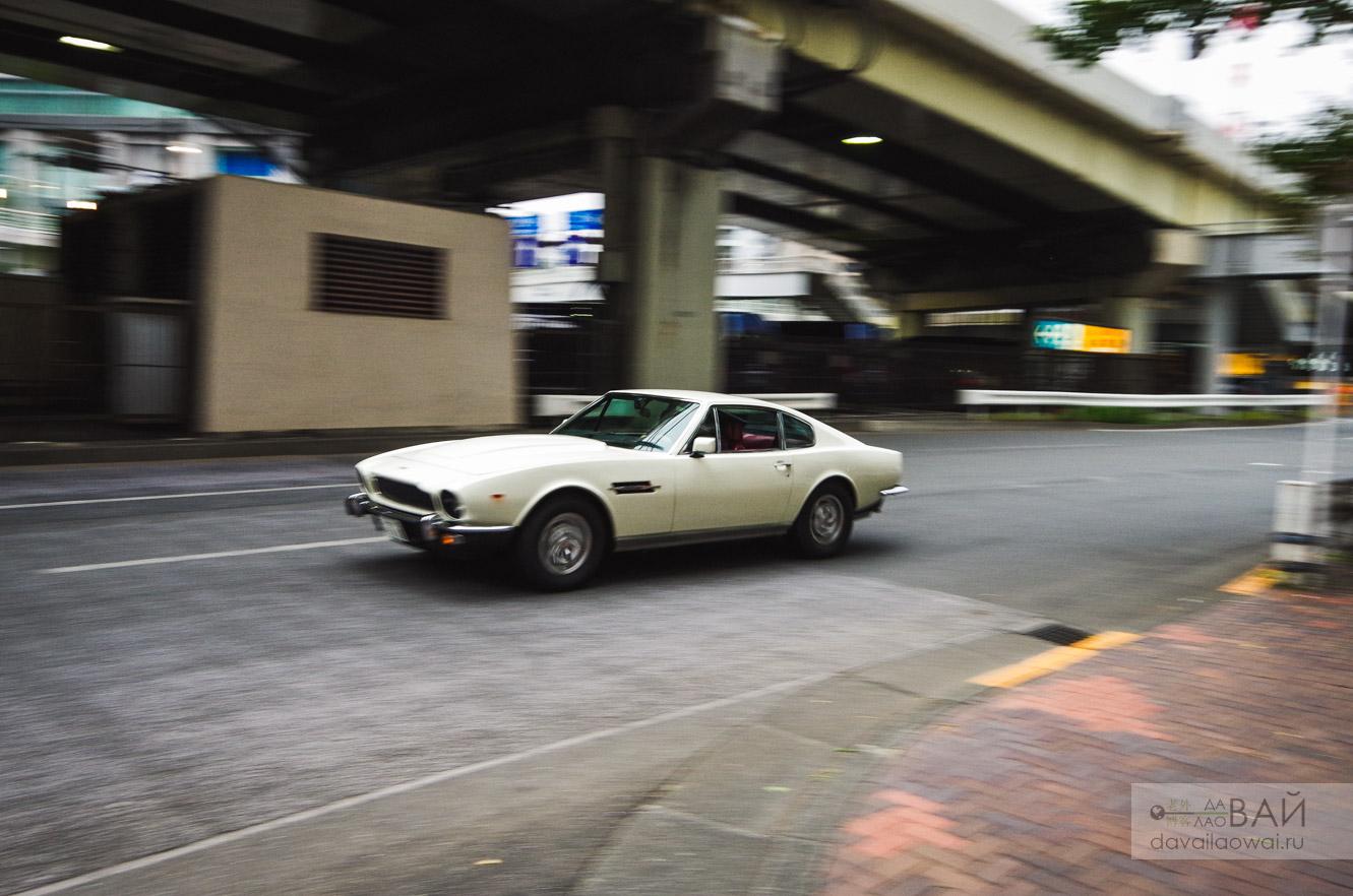 Aston martin V8 Tokyo photo
