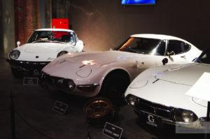 Mazda Cosmo и Toyota 2000GT glion osaka